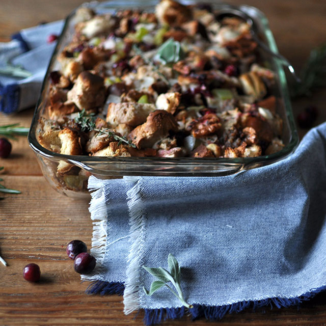 Walnut and Cranberry Stuffing