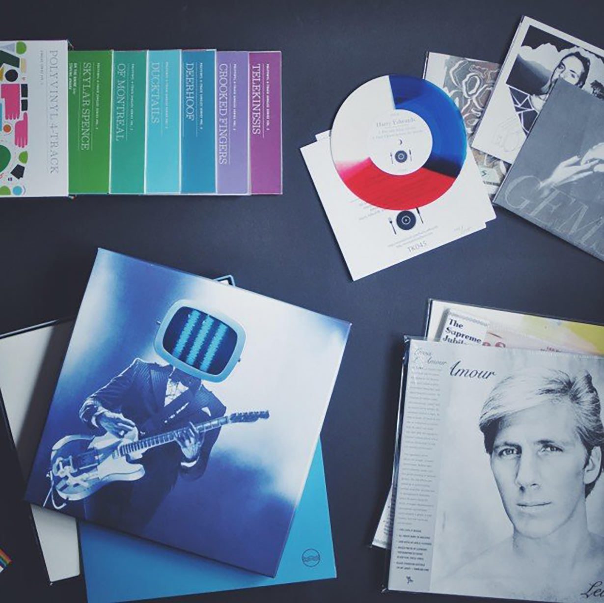 The 8 Best Vinyl Record Subscription Services For Record Collectors