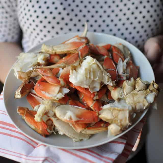How to Cook and Clean Live Crab at Home