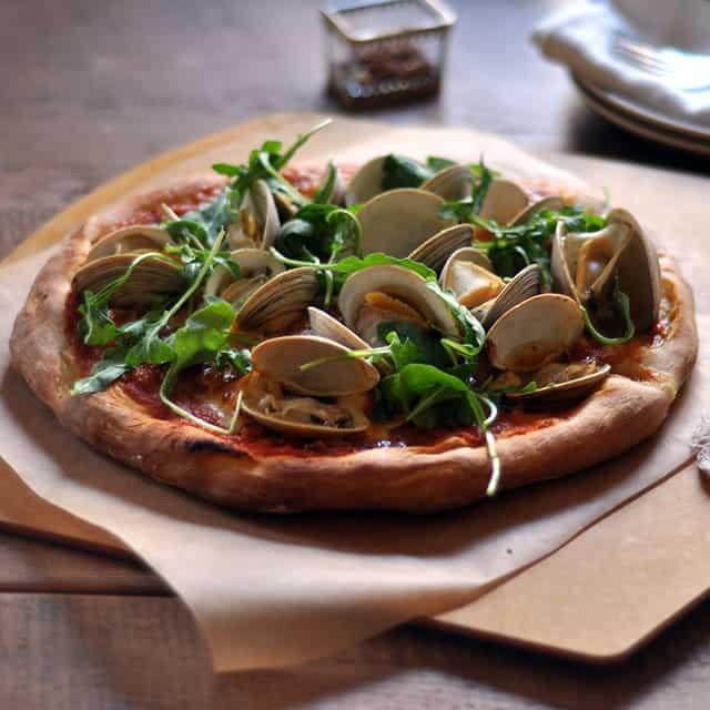 A Peek Inside the November Pairings Box: Pizza Party