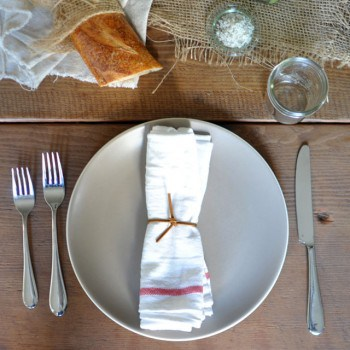 Stylish in the Kitchen: How to Create a Stylish Table Setting