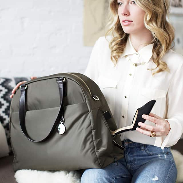 How to Be a Good House Guest + Lo & Sons Travel Bag Giveaway
