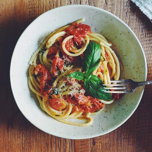 Summer Spaghetti with Fresh Tomatoes and Basil